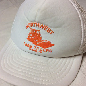 Vintage 80s Yakima Washington Trucker SnapBack Hat